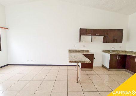 Casa 2 habitaciones, con espectacular ubicación, Concasa